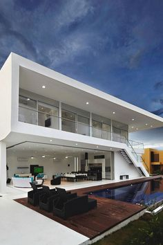 livingpursuit:  House GM1 by GM Arquitectos