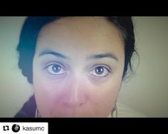 #Repost @kasumc  A través de los ojos relatamos historias algunas se verbalizan en canciones y otras en imágenes. Música positiva miradas sinceras y trabajo duro. Querer es poder. Disfruta del vídeo de Quiero y Puedo aquí: https://youtu.be/9u0twM4WHTA #music #musica #hiphop #hiphoppositivo #nacidosdelatierra #miradas #eyes #hardwork #quieroypuedo #hiphoplatino #worldmusic