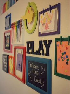 Playroom gallery wall with rotating artwork display. Post includes tutorials for making clothespin frames, crayon art, & chalkboard + some absolutely genius tips for how to arrange & hang a gallery wall.great for our kids' artwork! Displaying Kids Artwork, Artwork Display, Display Wall, Ideias Diy, Toy Rooms, Kids Rooms, Home And Deco, Diy For Kids, Kids Fun
