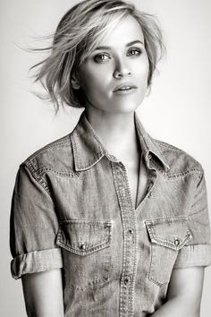 90 meilleures images du tableau rise   Reese witherspoon style ... 695cd30a1a43