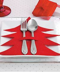 Dress up your Christmas table decorations with this easy Christmas craft. table decorations , Dress up your Christmas table decorations with this easy Christmas craft. Dress up your Christmas table decorations with this easy Christmas craft. Creative Christmas Trees, Easy Christmas Crafts, Felt Christmas, Christmas Projects, Simple Christmas, Christmas Holidays, Christmas Ornaments, Origami Christmas, Christmas Place