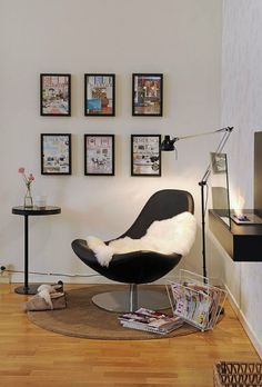 Ide untuk menyulap sudut ruangan menjadi ruang baca serba guna.