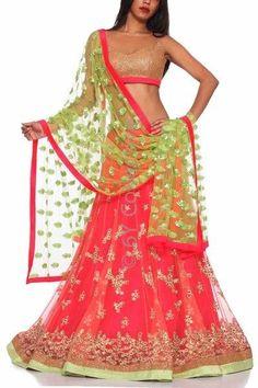 Soma Sengupta Indian Fashion- Flirty & Pretty!