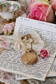 Love letters, and Ana Rosa Shabby Chic, Shabby Vintage, Vintage Roses, Vintage Ephemera, Vintage Stuff, Pocket Letter, Old Letters, Paper Letters, Handwritten Letters