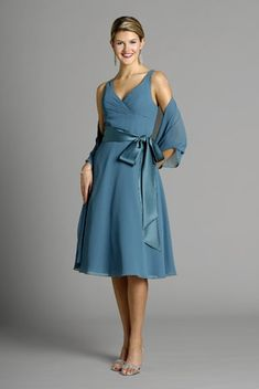 V-neck blue chiffon sleeveless pleated sash bowknot tea-length Mother Of The Bride Dress MBD260009