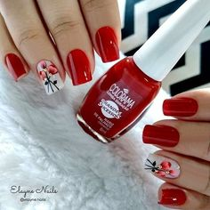 Clique na Foto e Receba + de 200 Ideias Internacionais de Unhas Pintadas. Blush Pink Nails, Purple Nails, Red Nails, Pretty Nail Designs, Nail Art Designs, Best Acrylic Nails, Mani Pedi, Manicure Pedicure, Flower Nails