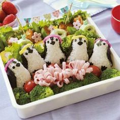 Penguin Baby Onigiri Maker. I want this!