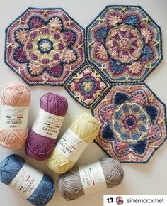 Granny flores octogonal a crochet o ganchillo - Crochet flowers octogonal grannyBeautiful crochet motif: super duper beauty - Do it yourself, ideas for creativity - DIY IdeasPersian Tile Blanket - Crocheting for youI share my find - beautiful motif 0 I co Crochet Mandala Pattern, Granny Square Crochet Pattern, Crochet Stitches Patterns, Crochet Squares, Crochet Granny, Crochet Designs, Knitting Patterns, Granny Squares, Crochet Crafts