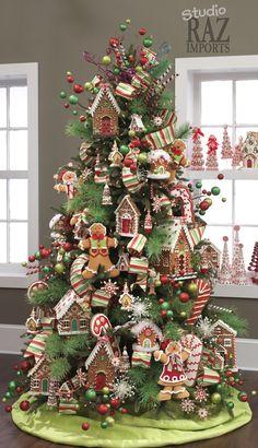 2012 Christmas Tree - gingerbread houses & men More