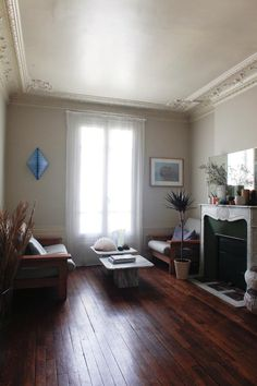 House Call with Clarisse Demory of Ensuite, Remodelista :: Beautiful ceiling!