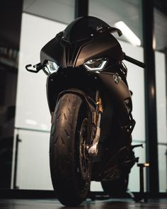 BMW S 1000 RR R65, Bmw S1000rr, Bmw Sport, Ducati Motorbike, Motos Bmw, Bmw Cafe Racer, Super Bikes, Cool Bikes, Bobber