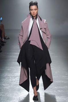 Aganovich Spring/Summer 2016 Ready-To-Wear Collection | British Vogue