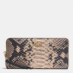 Women s Wallets New Arrivals  a1bd214efe0a2