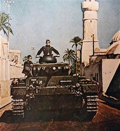 A German tank in Libya, WWII, pin by Paolo Marzioli