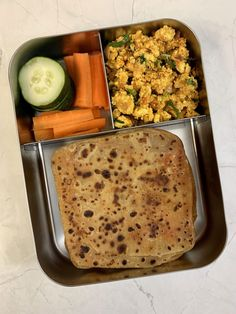 Aug 2019 - 28 Healthy Kids Lunch Box Recipes These recipes are filled with wholesome ingredients,packed with nutrients and will keep your kids satisfied all afternoon. School Lunch Recipes, Kids Lunch For School, Healthy Lunches For Kids, Lunch Box Recipes, Kids Meals, Lunch Kids, Dinner Healthy, Indian Lunch Box, Tiffin Recipe