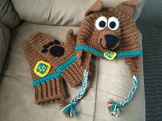 Crochet Scooby Doo hat and mitts!