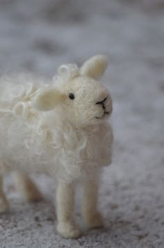 Needle Felted Wool Sheep Sculpture.  I used to sell directions for making these on eBay I called them Wooly love ewes