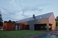 Gallery of ENGEL House / CMC architects - 33