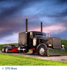 Curtis Christian's 2005 Peterbilt 379.