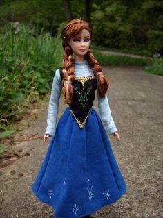 Custom Barbie, Custom Dolls, Anna Frozen, Disney Frozen, Inspirational Celebrities, Doll Repaint, Kids Playing, Barbie Dolls, Costumes