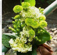 The Flowers http://www.weddinginspiration.co/image/8097