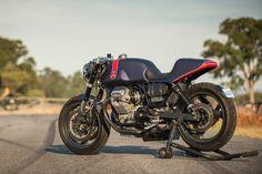 Moto Guzzi Breva 750 cafe racer by industrial designer Simon Fleetwood. Guzzi Bobber, V9 Bobber, Guzzi V9, Moto Guzzi Motorcycles, Racing Motorcycles, Custom Motorcycles, Custom Bikes, Scrambler, Cafe Bike