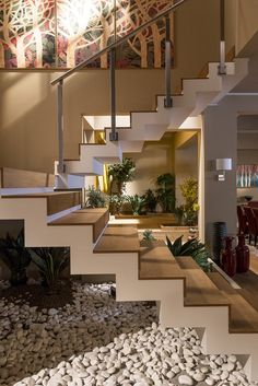 Unique modern staircase design ideas for your dream house 1 Dream Home Design, Modern House Design, Home Interior Design, Interior And Exterior, Interior Ideas, Interior Colors, Modern Interior, Modern Stairs, House Stairs
