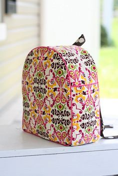 DIY toddler backpack. cute pattern.  it's ok to continue to the link.