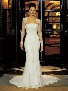 Super Beautiful Wedding Gown by Justin Alexander