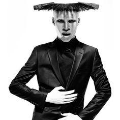 ALBINO MALE MODEL SHAUN ROSS DEFINES BEAUTY Shaun Ross, Albino, Model Photos, Fangirl, Beauty, Style, Image Search, Model Headshots, Swag