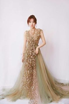 Ball Dresses, Ball Gowns, Prom Dresses, Formal Dresses, Cheng Xiao, Cosmic Girls, Chinese Actress, Couture Fashion, Women's Fashion