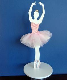 BAILARINA EM MDF: BRAÇOS LEVANTADOS  Fina pintura em branco. Decorada com esmerado zelo, utilizando filó, pérolas e strass.  Altura: 35 cm.  Maravilhosa decoração para mesa ou como lembrancinha de festa de debutantes ou festa de bailarina. Ballerina Birthday Parties, Barbie Birthday, Ballerina Party, Crafts To Sell, Diy And Crafts, Arts And Crafts, Paper Crafts, Easy Christmas Ornaments, Christmas Crafts