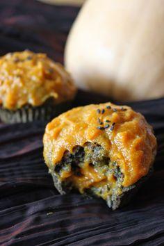 Cuillère et saladier: Cupcakes au sésame noir, glacage à la courge (spécial Halloween)