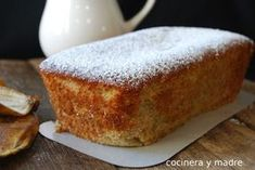 - A rich spongy banana sponge cake, a simple homemade recipe perfect to take advantage of ripe bananas and which is the most tasty Banana Sponge Cake, Chocolates, Carrot Cake Cheesecake, Sweet Bar, Sin Gluten, Cakes And More, Kitchen Recipes, Easy Desserts, Love Food