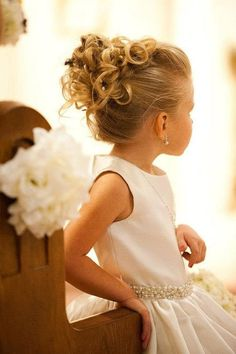 Here we've collected 22 fabulous flower girl hairstyles, from cute braids to simple waves. I'm pretty sure each of our galleries will look great on your little flower girl. Now check and get inspired! Little Girl Wedding Hairstyles, Little Girl Updo, Flower Girl Hairstyles, Updos For Little Girls, Kids Updo Hairstyles, Hairstyle Ideas, Flower Girl Updo, Flower Girls, Communion Hairstyles