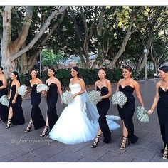 "18.4k Likes, 2,472 Comments - Fantasy Wedding (@_fantasywedding) on Instagram: ""Classic ⚫️&⚪️ 