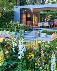 Chelsea Flower Show, Outdoor Rooms, Outdoor Living, Outdoor Decor, Dream Garden, Home And Garden, Modern Exterior House Designs, Home Building Design, Balcony Design