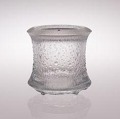 TAPIO WIRKKALA - Glass vase '3441' for Iittala, 1970-72, Finland.   [h. 22 cm, ø 22 cm]