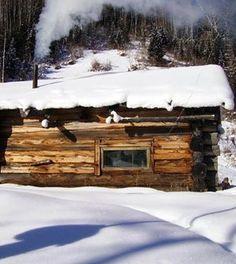 The Ultimate Story Of Off Grid Living | Off grid survival tips at survivallife.com #wildernesssurvival #outdoorsurvival #survivaltips