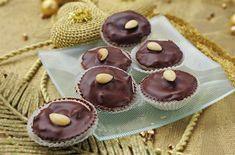 Opilé třešňové košíčky Pavlova, Mini Cupcakes, Holiday, Christmas, Muffin, Cooking Recipes, Breakfast, Desserts, Food