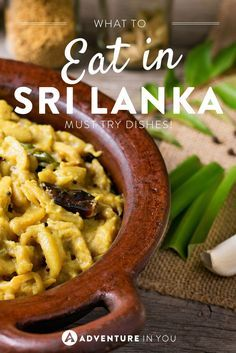 Curious as to what Sri Lankan food is? Here is our guide on what to eat when in Sri Lanka : Curious as to what Sri Lankan food is? Here is our guide on what to eat when in Sri Lanka Sri Lanka Essen, Sri Lanka Food, Sri Lanka Holidays, Sri Lankan Recipes, Beste Hotels, Best Places To Eat, Foods To Eat, Asia Travel, Travel Tips