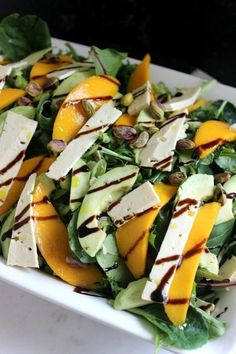 Mango, avocado and feta salad Easy Healthy Recipes, Great Recipes, Baby Recipes, Muffin Recipes, Recipes Dinner, Breakfast Recipes, Classic Potato Salad, Avocado Brownies, Feta Salat
