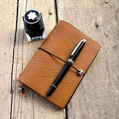 Aniki Geographica Travelers Notebook With #montblanc FP . ❗See my profile to contact. ❗Irtibat icin profile bakiniz. ▃▃▃▃▃▃▃▃▃▃▃▃▃▃▃▃▃▃▃▃▃▃▃▃  #nofilter #aniki #anikinotebooks #littleprince #travelersnotebook #notebook (by ALI IKIZKAYA)