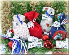 Adventskalender mit gestickten Zahlen blau rot von BlinniFashion