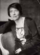 † Jacqueline Royaards-Sandberg (October 27, 1876 - March 30, 1976) Dutch actress.