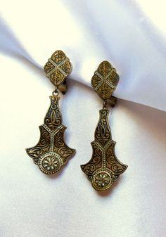 Damascene Dangle Earrings Vintage Clip Ons by VJSEJewelsofhope, $10.00