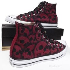 Canvas Converse All Star high top mens skull shoes mens womens Style Converse, Converse Shoes High Top, High Top Sneakers, High Heels, Galaxy Converse, Women's Converse, Custom Converse, Grunge Style, Soft Grunge
