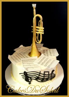 cake trumpet music What a beautiful cake. This is a cake trumpet music. The cake is created by Cakes du Soleil. Jacque Benson is the owner of Cakes du Soleil. Cake Wrecks, Fancy Cakes, Cute Cakes, Beautiful Cakes, Amazing Cakes, Trumpet Music, Play Trumpet, Music Cakes, Gateaux Cake