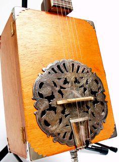 Vintage Cigar Box Banjo Dobro 5-string