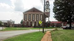 Pittsboro, NC - Side view of historic courthouse in the center of a circle drive